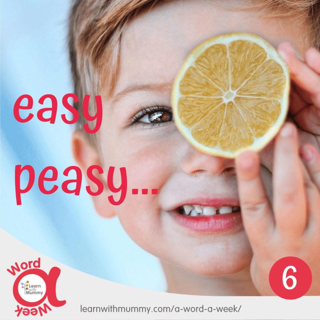 bambino-solleva-limone-davanti-alla-faccia-scritta-Easy-Peasy-facile-in-inglese