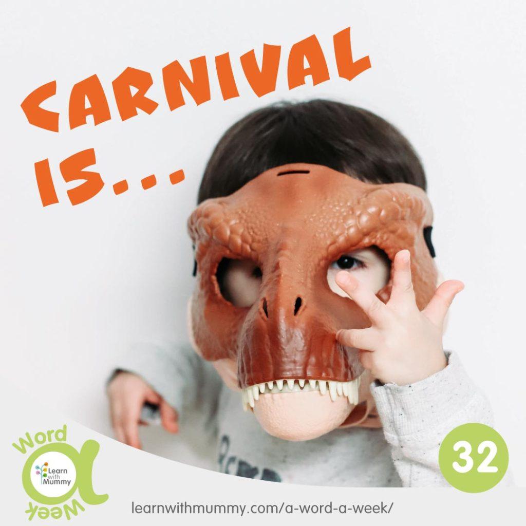 bambino-indossa-maschera-di-dinosauro-e-scritta-carnevale-in-inglese